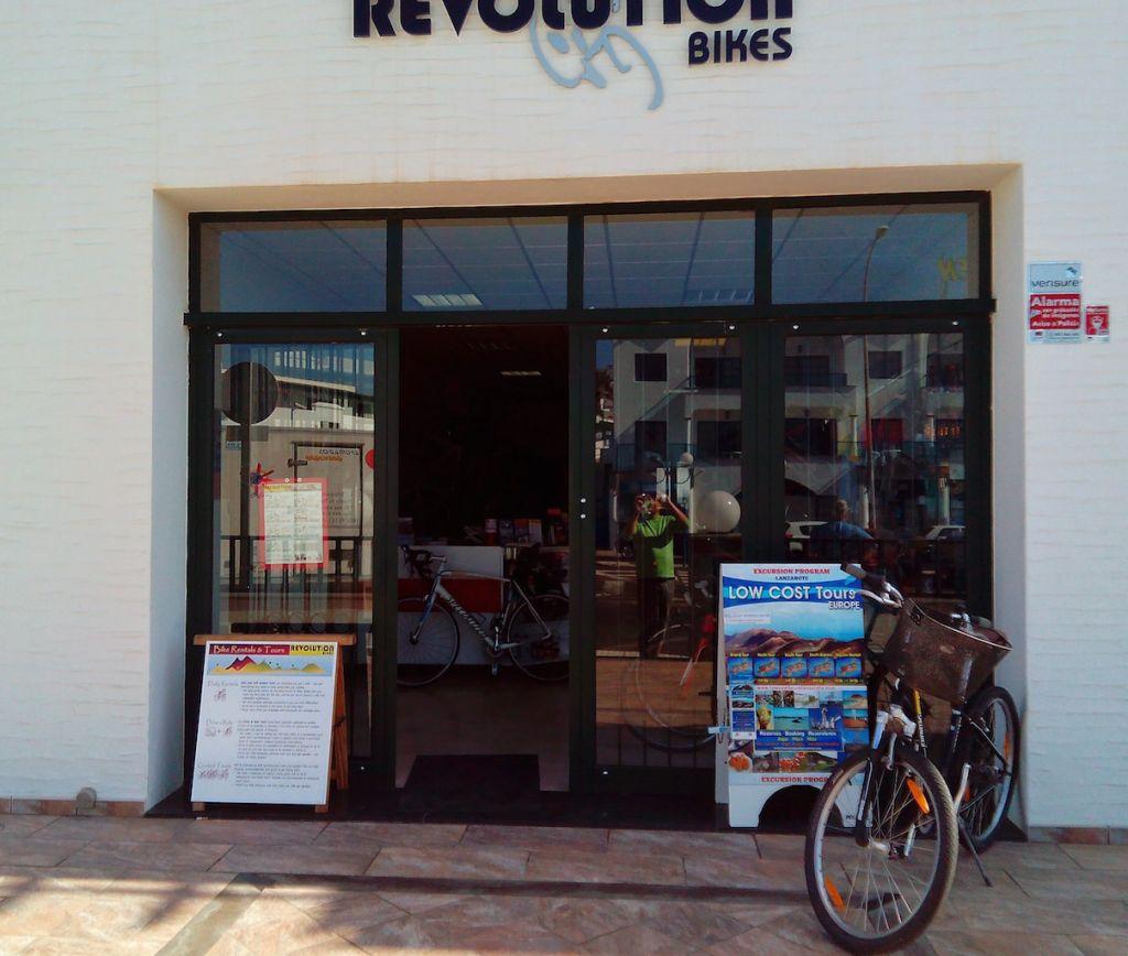 Revolution bikes Calle Juan Carlos I, 24 35510 Tías Las Palmas