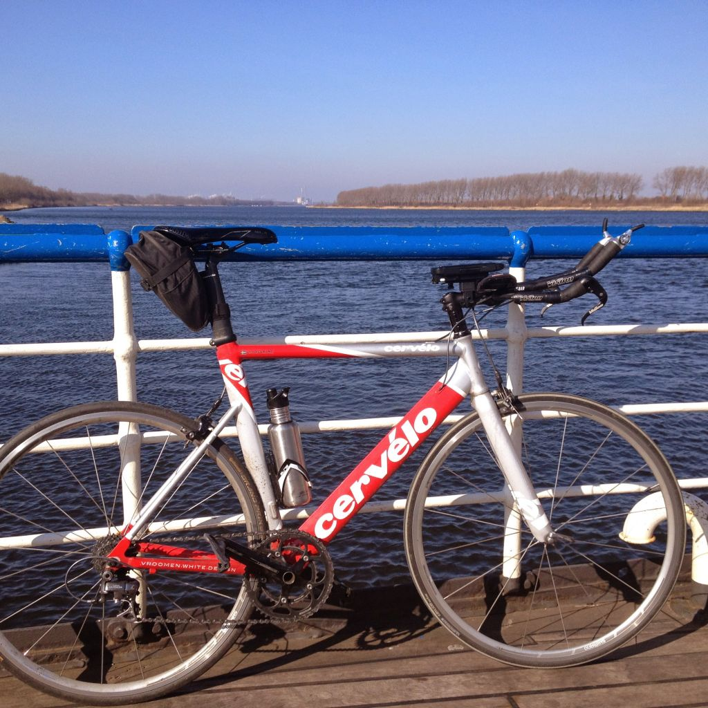 On the ferry from Spaarndam ferry to Assendelft