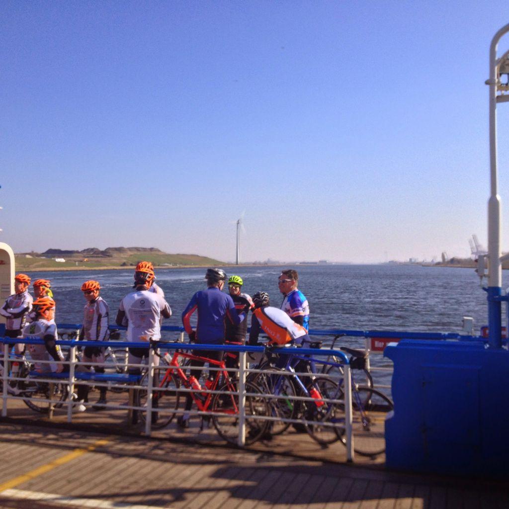 cyclist Spaarndam, Veer Spaarndam ferry